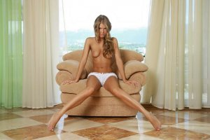 Leliane intim escort in Springe, NI